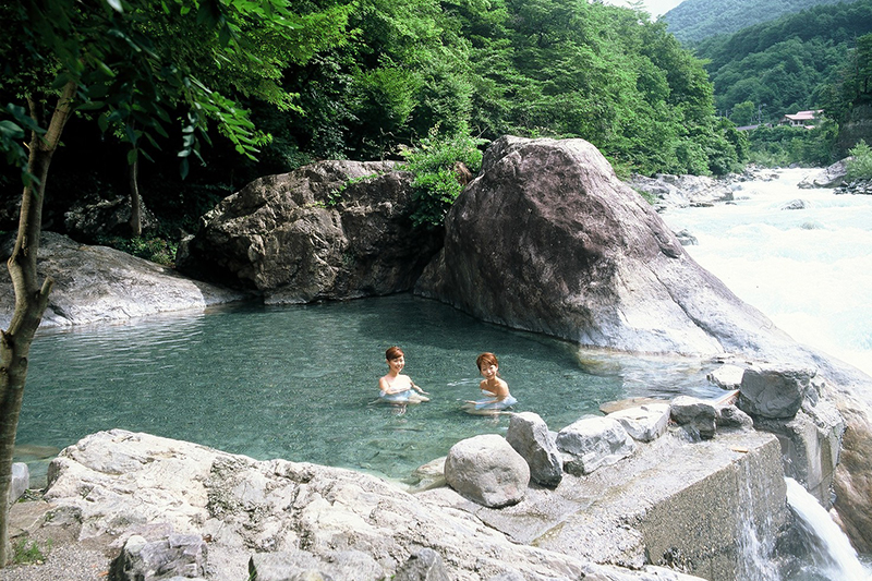 Oku-Hida Hot Spring Village